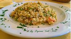 risotto con zucchine e fiori di zucca risotto con fiori di zucca zucchine e gamberi peperoni