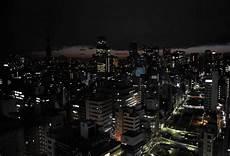 In Tokio Spart Unterdessen Strom Die Sonst Hell