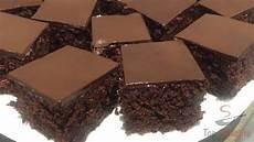 kuchen mit roter grütze saftiger schokoladenkuchen mit roter beete top rezepte de