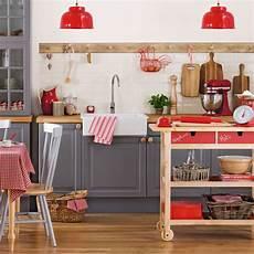 Kitchen Interior Designs For Small Spaces Small Kitchen Design Ideas Small Kitchen Ideas Small