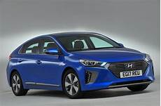 hyundai ioniq in hybrid hyundai ioniq in hybrid premium se 2017 review autocar