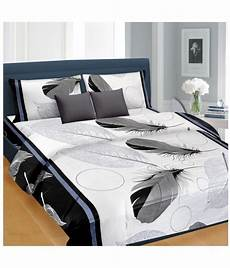 nice cotton double bedsheet with 2 pillow covers bed