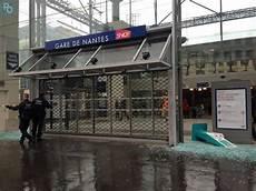 Nantes 201 Tat Des Lieux Des D 233 G 226 Ts En Ville Photos