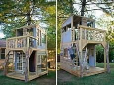 Modernes Baumhaus Selber Bauen Kinder Spielt Baumhaus