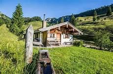 romantische hütte eifel almhuette alpen urlaub x mit lustig thema kamin luxus