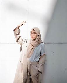 Til Gaul Dengan 10 Style Ala Shirin Al Athrus
