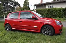 clio 2 rs3 clio 2 rs3 2 0 16v version trophy n 176 40 50 clio rs concept