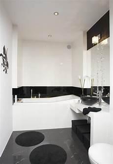 Schwarz Weißes Bad - 33 ideen f 252 r kleine badezimmer tipps zur farbgestaltung