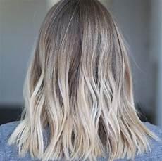 20 cheveux blonds froid coupe de cheveux