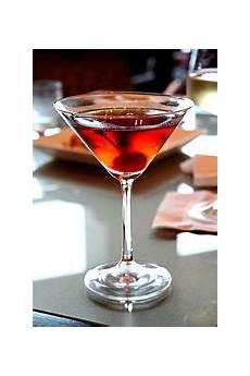 manhattans drink manhattan cocktail wikipedia