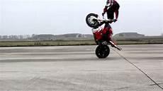 4 en 1 moto trucos en motos impresionantes