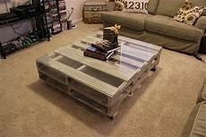 Tafel Selber Bauen - top 17 insanely charming diy pallet coffee table designs