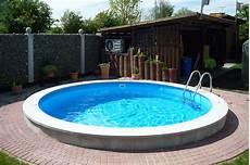 pool in erde einbauen pool eingraben ohne beton