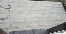 terrassenplatten verlegen so anleitung keramik terrassenplatten verlegen so geht s