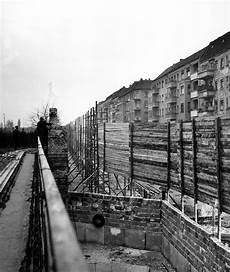 The Building Of The Berlin Wall 1961 1962