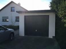 garage streichen garage und garagentor streichen so wird es gemacht