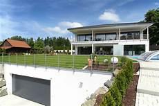 Villa Mit Tiefgarage - tiefgarage unter dem garten im bau fritz haus terrasse