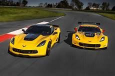chevrolet corvette c7 z06 2016 chevrolet corvette z06 c7 r edition pays homage to race cars