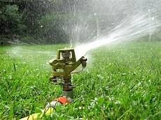 wann rasen wässern wetterstation f 252 r den garten 187 gartenbob de der gartenratgeber