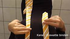 wie bindet eine krawatte schlips binden krawatte binden ganz einfach