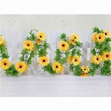 Paling Populer 23 Gambar Bunga Matahari Di Tembok