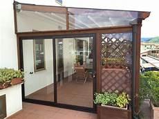 chiudere un terrazzo con vetri verande in legno e vetro con verande per terrazzi pergole