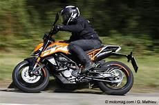 ktm duke 125 fiche technique essai ktm 125 duke la favorite des d 233 butants moto magazine leader de l actualit 233 de la