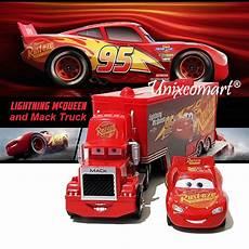 Lightning Mcqueen Malvorlagen Indonesia Cars 3 Lightning Mcqueen And Mack Truck Mainan Anak