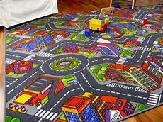Kinderlen Und Teppiche by Kinder Spiel Teppich Stra 223 Enteppich 3d Big City Grau In 24