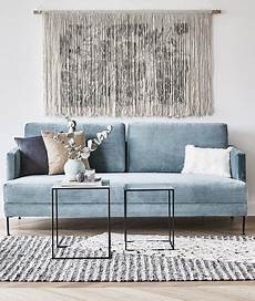 sofa samt grün we velvet das samt sofa fluente in hellblau bringt