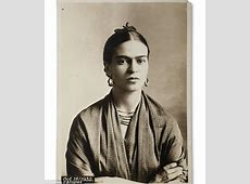 all about frida kahlo