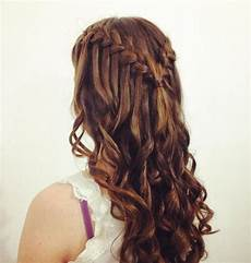 Hairstyles For Dances For Medium Hair