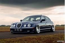 Jaguar S Type On Air