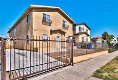 Apartment Brokers Los Angeles Ca by 637 E 83rd St Los Angeles Ca 90001 Apartments