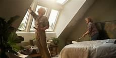 velux dachfenster streichen dachfenster streichen schritt f 252 r schritt velux magazin