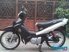Modifikasi Warna Motor Jupiter Z 2005 by Modifikasi Jupiter Z 2005 Warna Hitam Putih Modifikasi