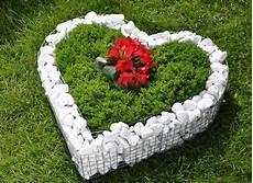 Deko Garten - korb herz deko garten schale grab pflanzen 220 bertopf blumen