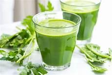 naturally sweet green detox juice recipe