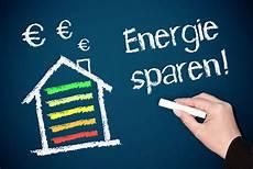 energie sparen im altbau wer muss energiespartipps f 252 r ihr zuhause volksbank l 252 bbecker land