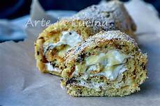 rotolo con crema pasticcera rotolo con cioccolato alla crema pasticcera e panna ricette pasticceria idee alimentari