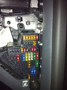 95 volkswagen golf fuse panel diagram confused fuses how to guides troubleshooting mk5 golf gti