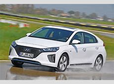 New Hyundai Ioniq Plug in hybrid 2017 review   Auto Express