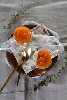 panna cotta au mascarpone et compot 233 e d abricot recette