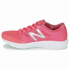 chaussure de sport new balance femme chaussures de sport new balance boracay blanc