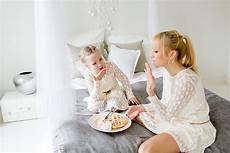 kind und mutter krank darf vater zuhause gewinne ein mummy mini fotoshooting mummyandmini