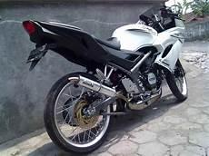 Modifikasi Cbr 150 Velg Jari Jari by Modif Kawasaki 150 Rr Velg 17 Jari Jari Modifikasi