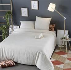 parure de lit en lav 233 beige 240x260 maisons du monde