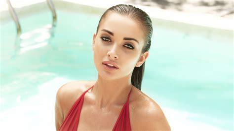 Bikini Model Wallpaper