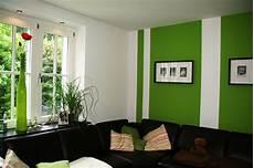 Wandgestaltung Mit Farbe Streifen Schlafzimmer