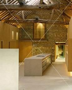 Alte Dachbalken Kaufen - im designerstil ausgebauter offener wohnraum mit